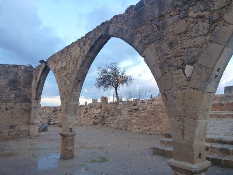 Igreja antiga no kouklia em Chipre fotos de stock
