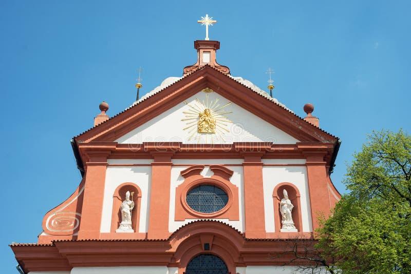Igreja barroco St Mary, Stara Boleslav, república checa Svata Marie fotos de stock