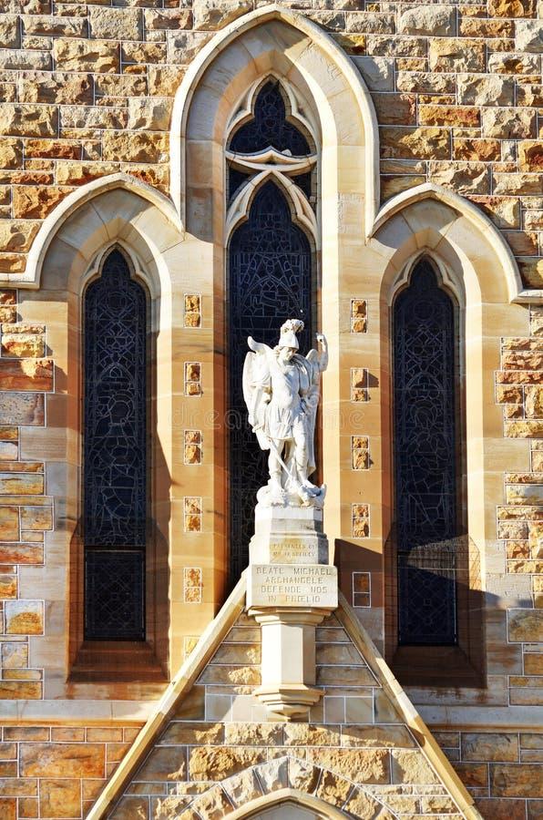 Igreja católica da diocese do ` s de St Michael da entrada de Michael do arcanjo, Wagga, Austrália imagens de stock royalty free