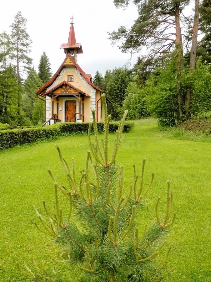 A igreja Católica de St Helena Poprad Slovakia fotos de stock royalty free