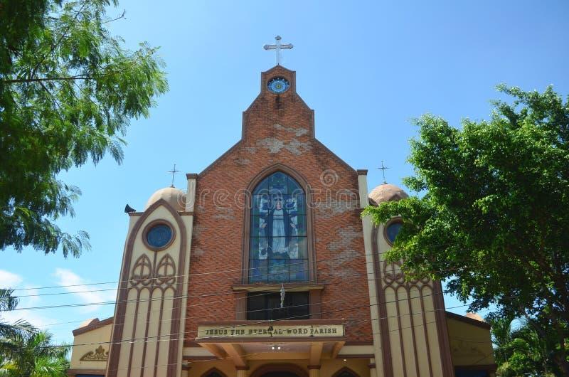 Igreja Católica em Clark, perto da cidade de Angeles, Filipinas foto de stock royalty free