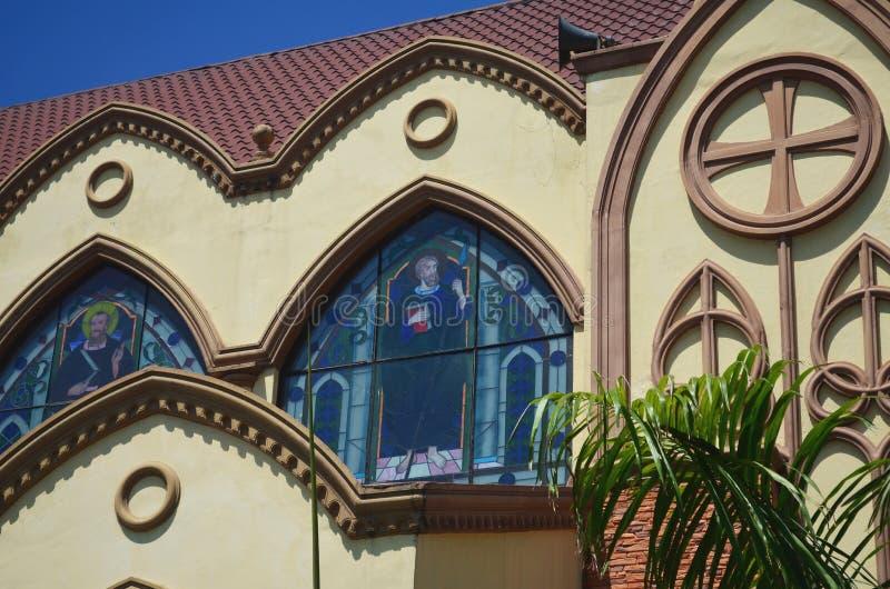 Igreja Católica em Clark, perto da cidade de Angeles, Filipinas imagens de stock royalty free