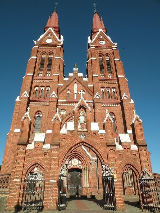 Igreja católica em Sveksna imagem de stock