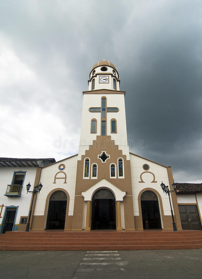 Igreja colonial em Salento, Colômbia fotografia de stock