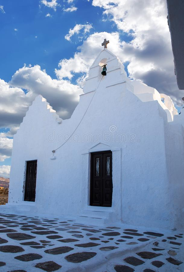 Igreja crist? pequena na ilha Mykonos fotografia de stock