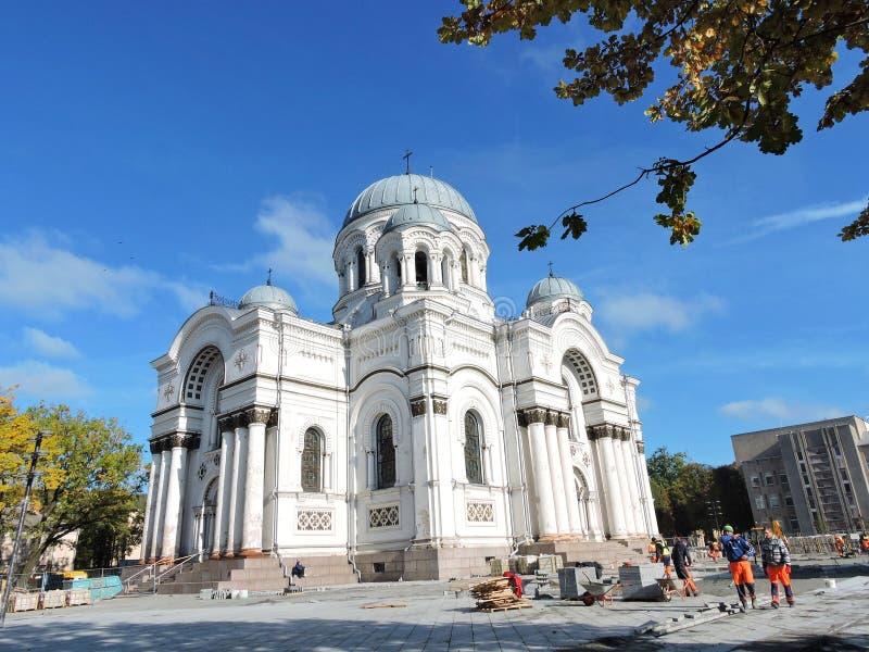 Igreja da cidade de Kaunas, Lituânia imagem de stock royalty free