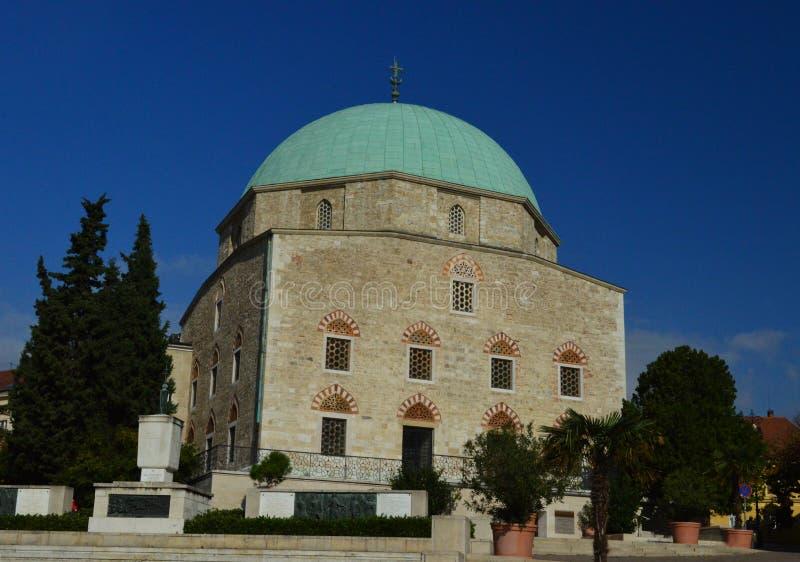 A igreja 2 da mesquita, CPE, Hungria fotografia de stock royalty free