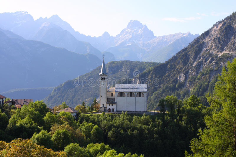 Igreja da montanha foto de stock royalty free