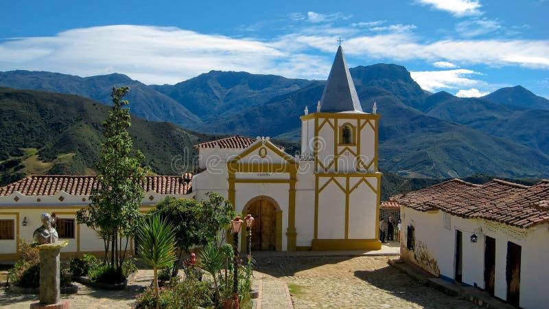 Igreja da montanha nos Andes fotografia de stock royalty free