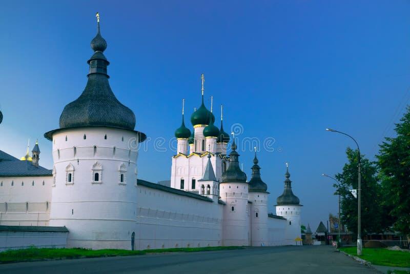 Igreja da ressurreição em Rostov Kremlin imagens de stock royalty free