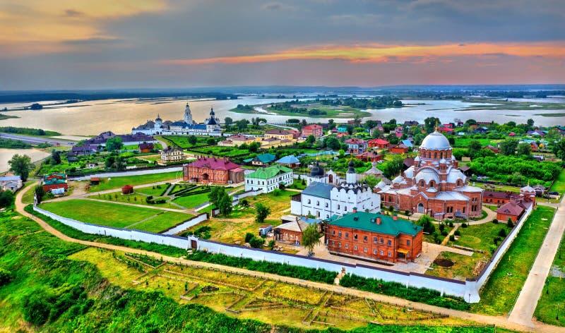 Igreja da trindade santamente na cidade-ilha de Sviyazhsk em Rússia fotografia de stock royalty free