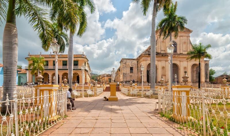 Igreja da trindade santamente no prefeito da plaza imagens de stock royalty free