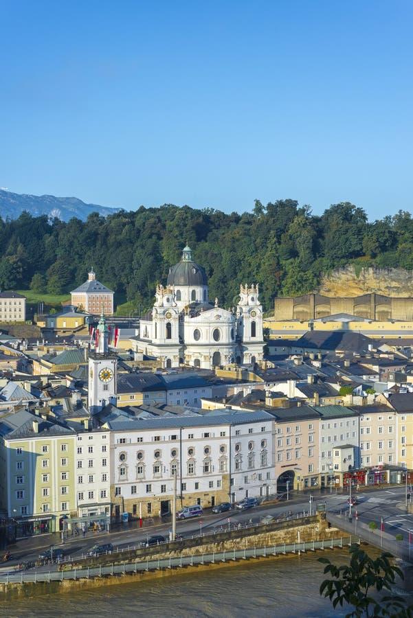 Igreja da universidade (Kollegienkirche) em Salzburg, Áustria fotografia de stock