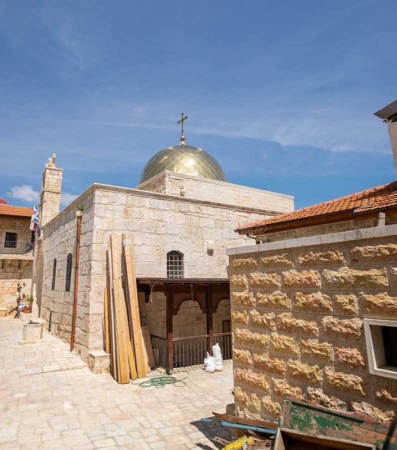 A igreja da vista panor?mica de Saint John o batista em Christian Quarter do Jerusal?m ? uma igreja ortodoxa grega pequena imagens de stock
