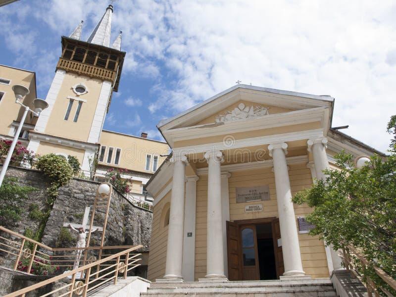 Igreja de Baile Herculane - de Romano Catholic foto de stock royalty free