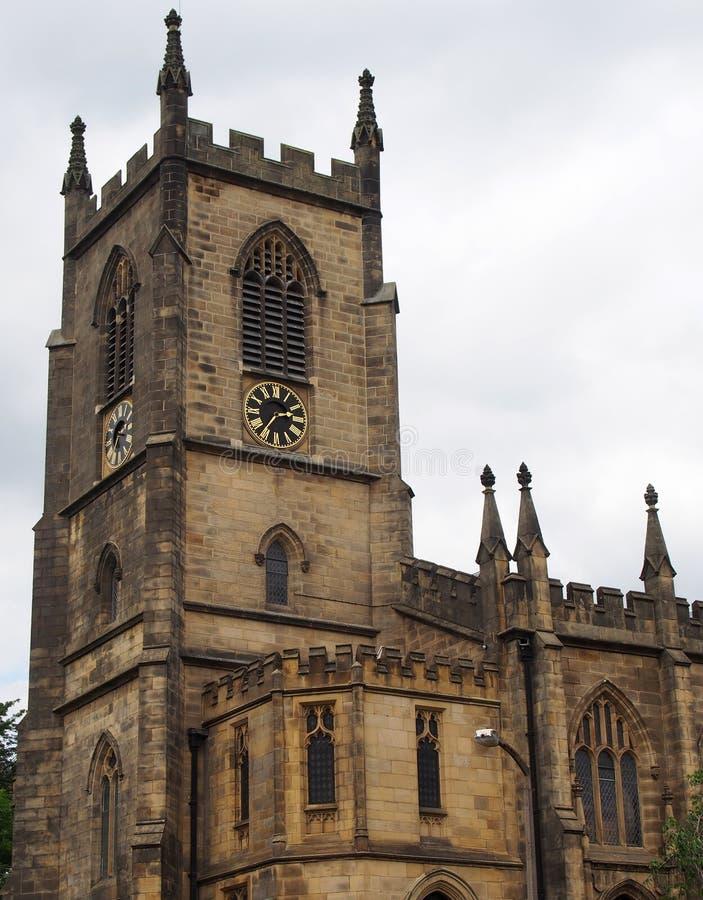 Igreja de Cristo no oeste sowerby da ponte - yorkshire construiu em um estilo medieval em 1821 com a torre de pedra ornamentado d fotos de stock royalty free