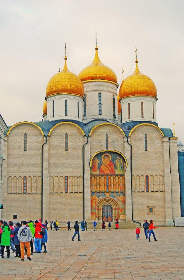 Igreja de Dormition do Kremlin de Moscou Foto a cores fotos de stock royalty free