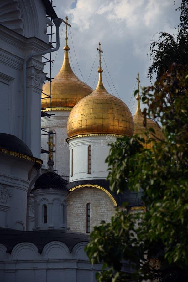 Igreja de Dormition do Kremlin de Moscou Local do património mundial do Unesco fotos de stock