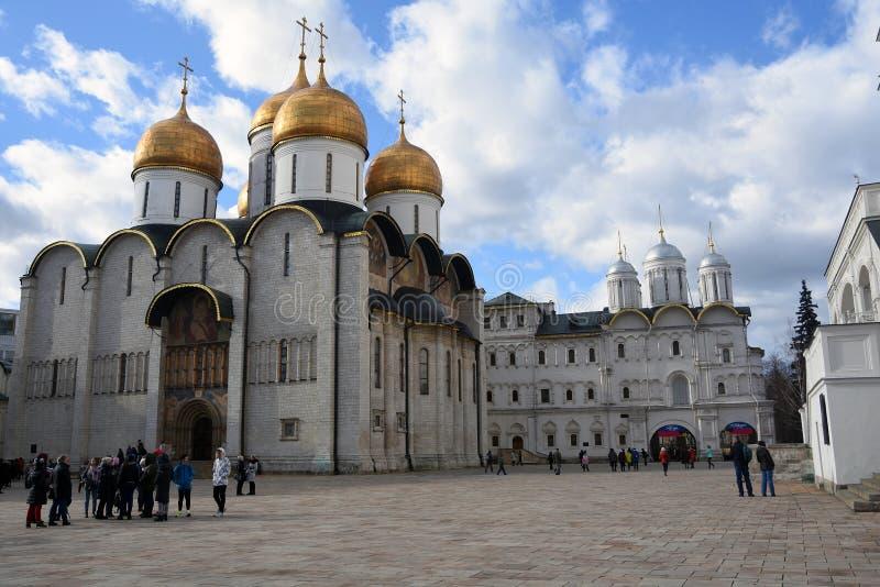 Igreja de Dormition do Kremlin de Moscou Local do patrim?nio mundial do Unesco imagens de stock royalty free