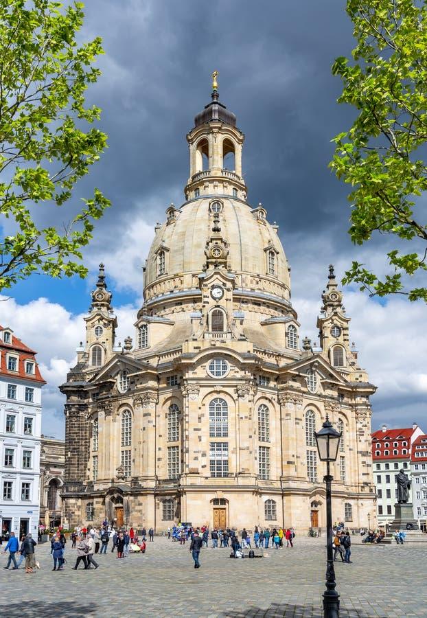 Igreja de Frauenkirche de nossa senhora no quadrado de novo mercado Neumarkt, Dresden, Alemanha foto de stock royalty free