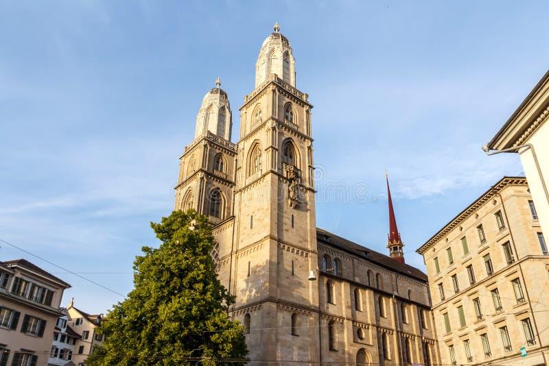 Igreja de Grossmunster em Zurique, Suíça foto de stock royalty free