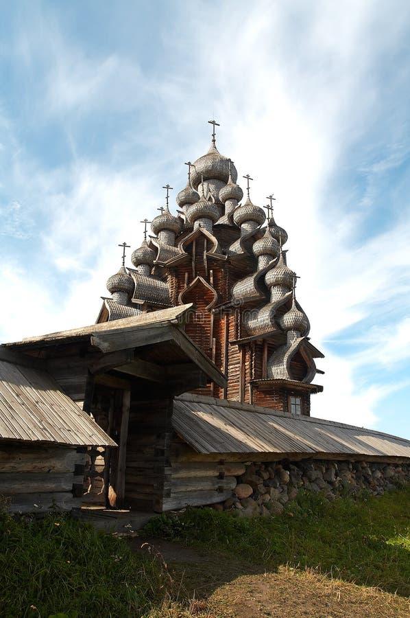 Igreja de madeira velha fotografia de stock