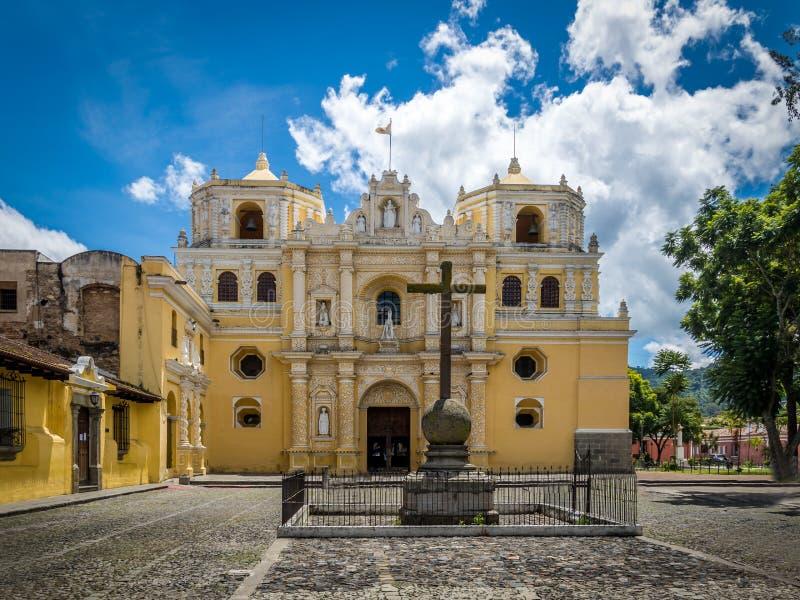 Igreja de Merced do La - Antígua, Guatemala fotografia de stock