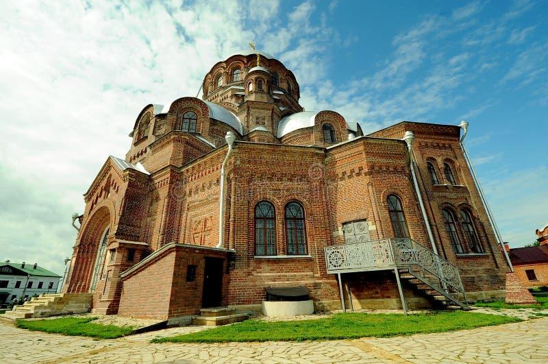 Igreja de nossa senhora, cidade pequena de Sviyazhsk, Rússia imagem de stock