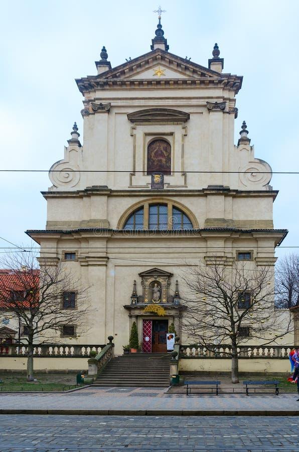 Igreja de nossa senhora da igreja triunfante de nossa senhora Victorious e St Anthony de Pádua, Praga, República Checa imagem de stock