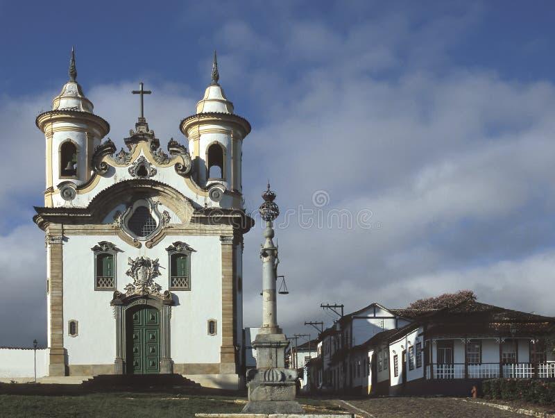A igreja de Nossa Senhora faz Carmo em Mariana, Brasil fotografia de stock