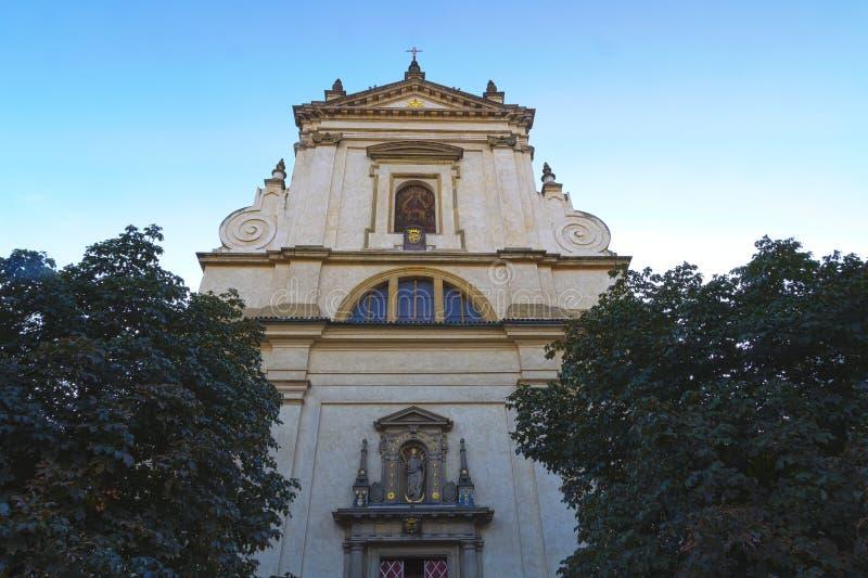 Igreja de nossa senhora Victorious em Mala Strana imagens de stock royalty free