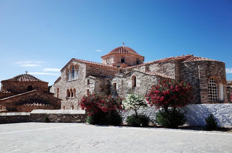 Igreja de Panagia Ekatontapiliani em Paros, Grécia imagens de stock