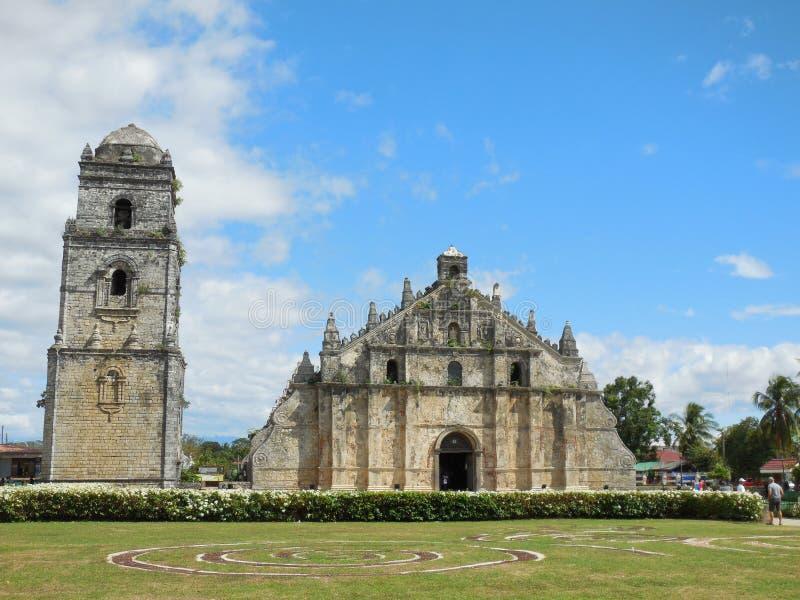 Igreja de Paoay em Ilocos Norte - vista dianteira imagens de stock