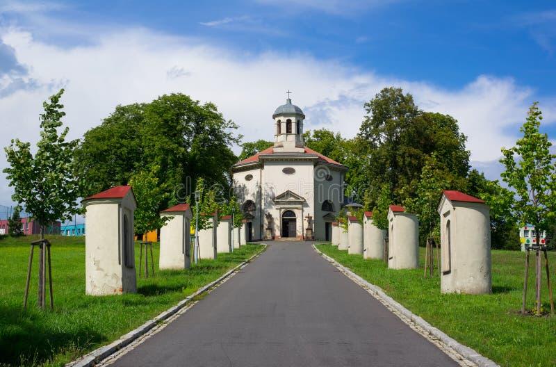 Igreja de Saint Henry, Petrvald, República Checa/Czechia imagens de stock