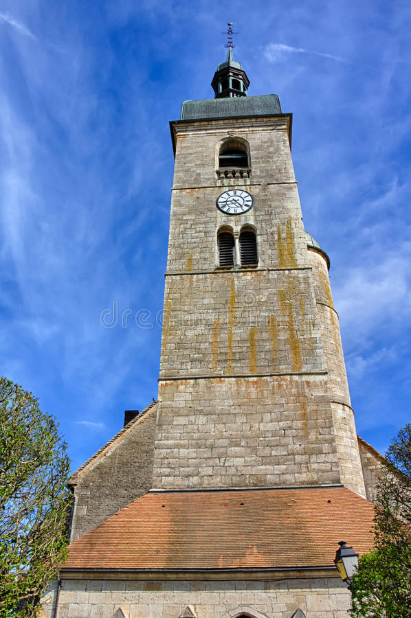 Igreja de Saint Laurent em Ornans imagem de stock royalty free