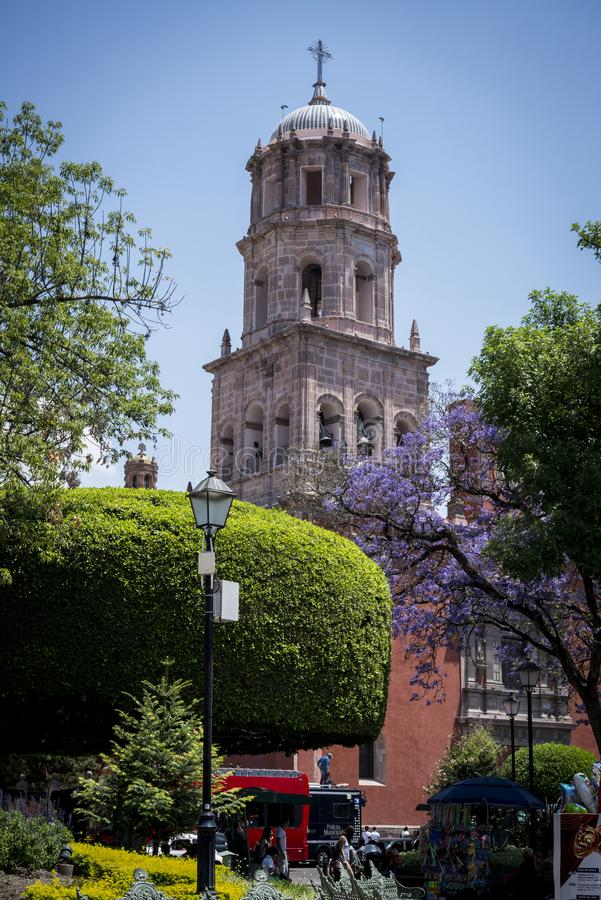 Igreja de San Francisco, cidade de Queretaro, México imagem de stock