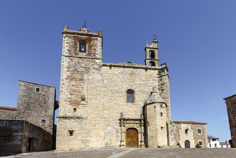 Igreja de San Mateo em Caceres, Espanha imagens de stock royalty free
