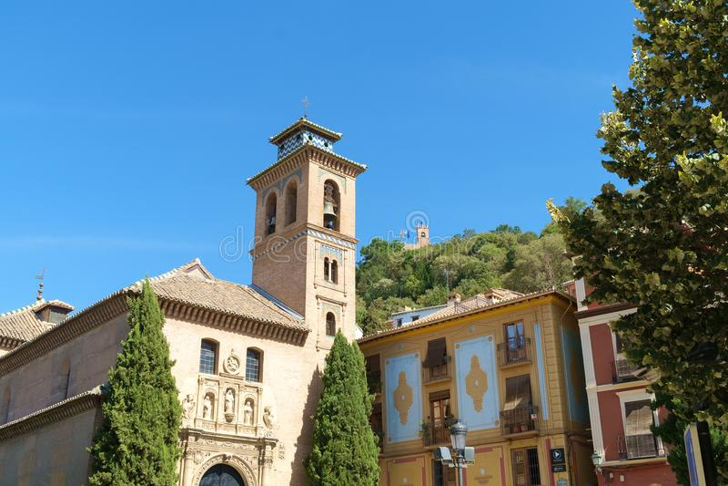 Igreja de Santa Ana, mais baixo Albaycin, Granada, Espanha imagens de stock royalty free
