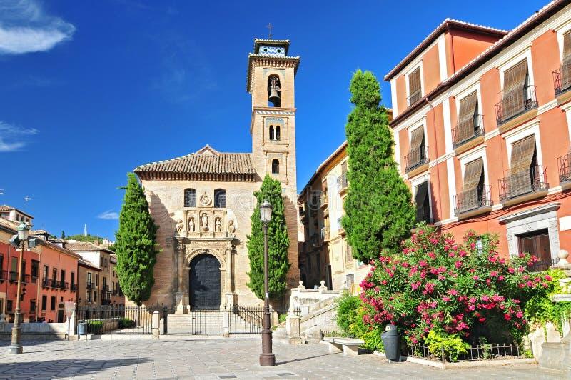 Igreja de Santa Ana na plaza Nueva, Granada, a Andaluzia, Espanha imagem de stock royalty free