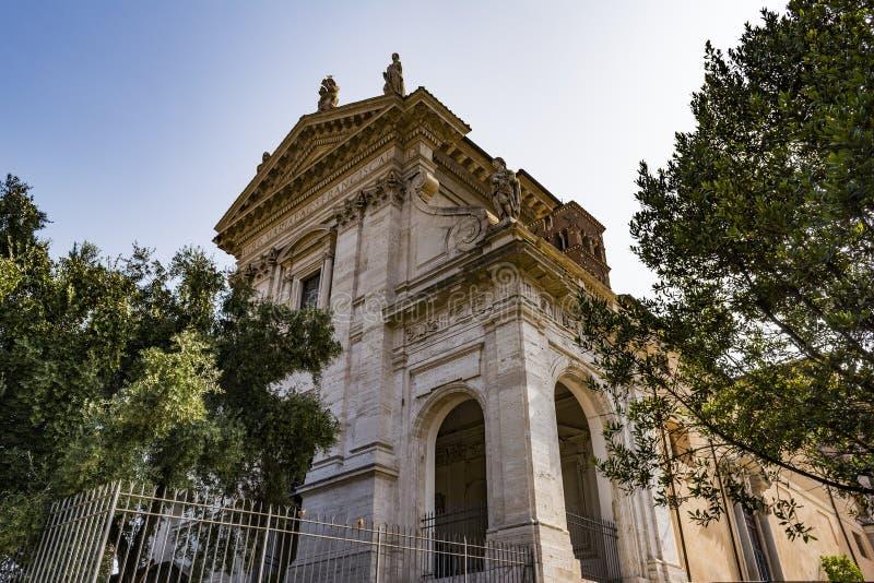 Igreja de Santa Francesca Romana em Roman Forum foto de stock royalty free