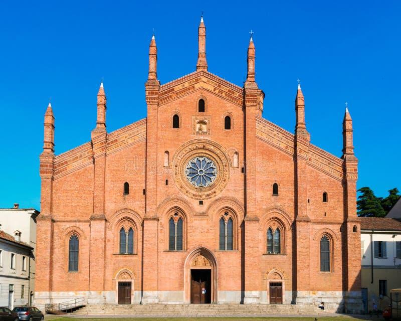 A igreja de Santa Maria del Carmine em Pavia fotografia de stock royalty free