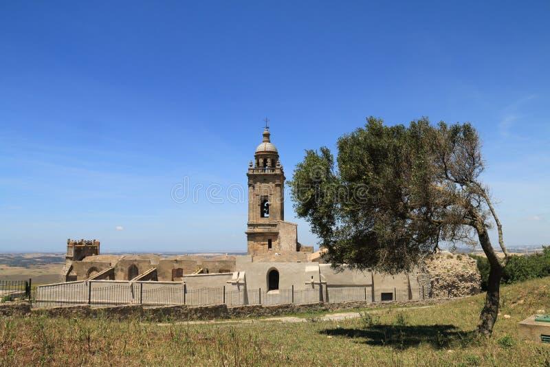 Igreja de Santa Maria em Medina Sidonia, Espanha imagens de stock
