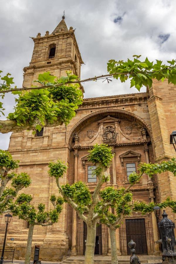 Igreja de Santa Maria de la Asuncion em Navarrete, La Rioja, Espanha foto de stock