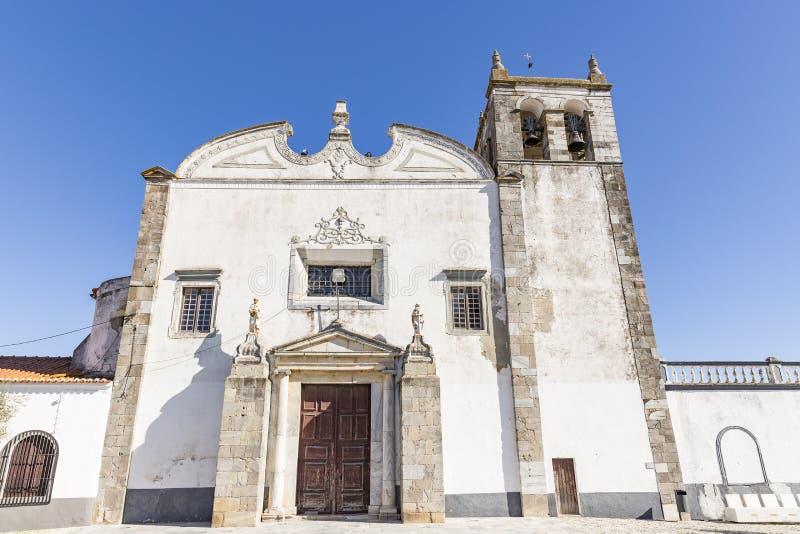Igreja de Santa Maria na cidade de Serpa, o Alentejo, Beja, Portugal imagens de stock