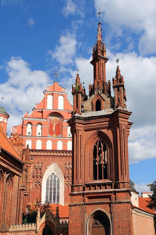 A igreja de St Anna em Vilnius, Lithuania. fotografia de stock