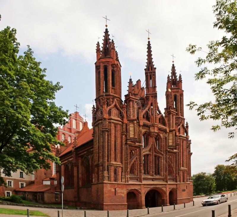 A igreja de St Anna em Vilnius, Lituânia. imagem de stock