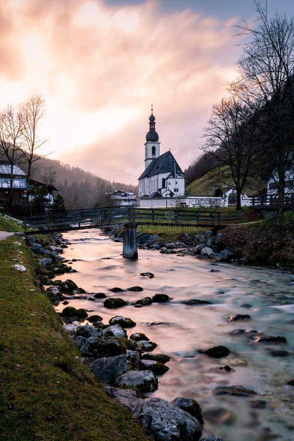 A igreja de St bei Berchtesgaden de Sebastian, Ramsau imagens de stock