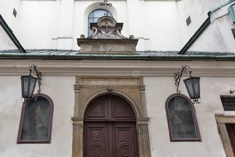 Igreja de St Casimiro o príncipe em Krakow, Polônia foto de stock