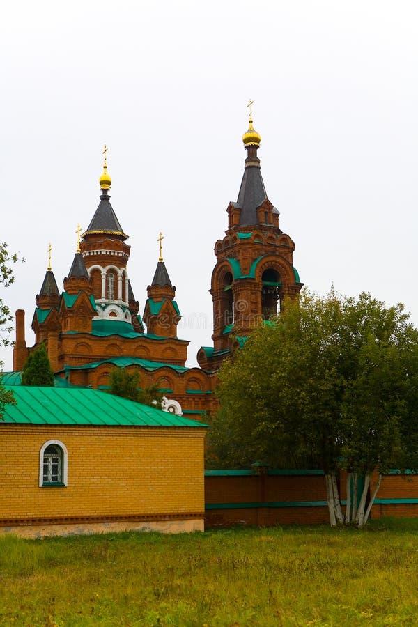 A igreja de St Catherine The Great em um dia nebuloso imagem de stock