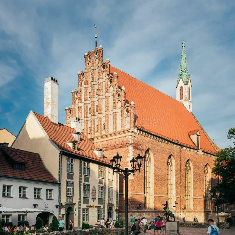 A igreja de St John do Lutheran, Riga, Letónia imagens de stock royalty free